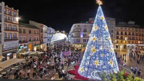 Lighting and Christmas tree at Constitucion Square
