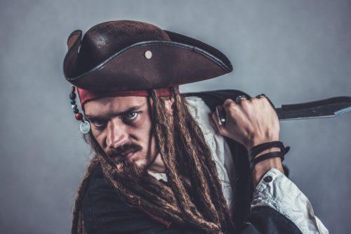 Halloween pirate costume idea