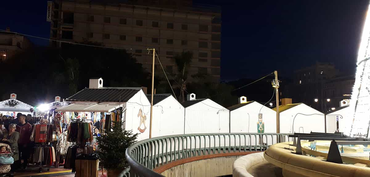 Christmas Market in Plaza de la Marina