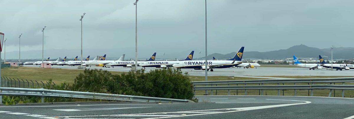 Aviones aparcados en el aeropuerto de Málaga