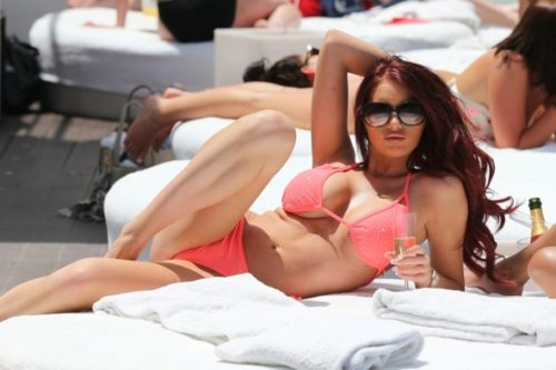 amy-lounger-marbella