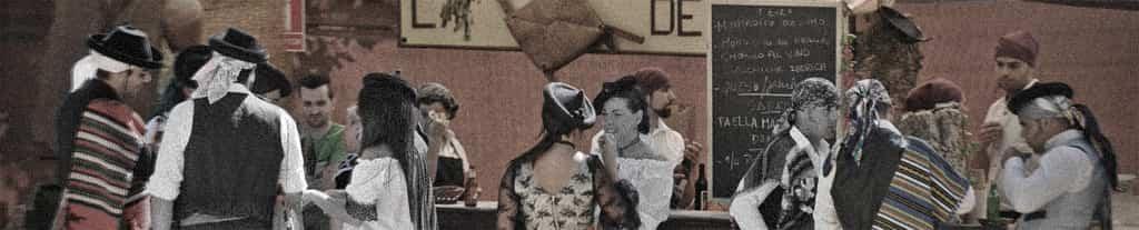 Bar con bebidas y comida típica en Ronda