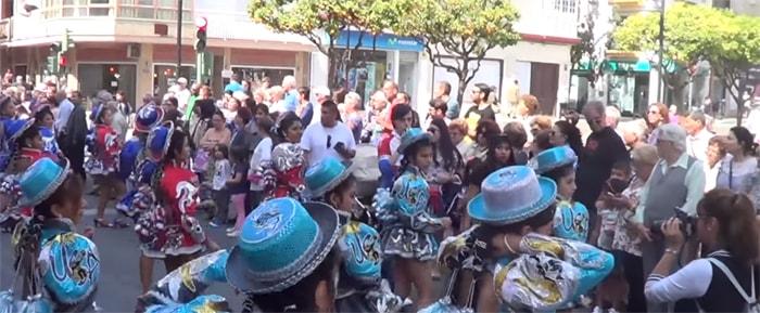 Internationales Völkerfest in Fuengirola