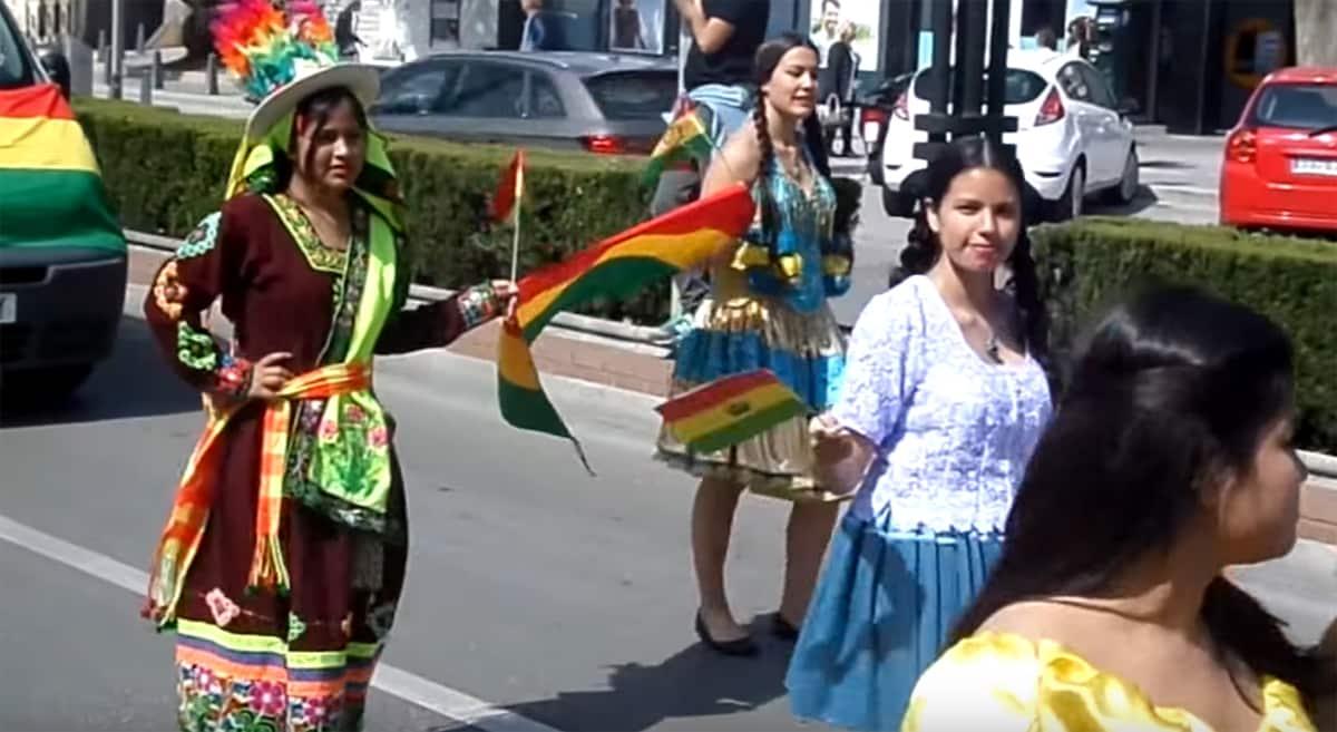 Völkerfest - Umzug