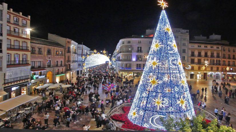 Iluminaci n de navidad en m laga nochevieja y cabalgata - Iluminacion led malaga ...