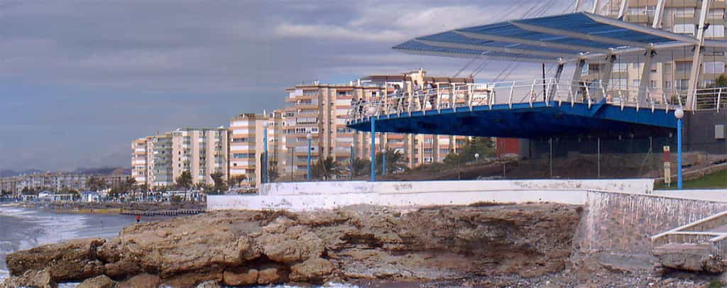 Viewpoint with transparent floor in Torrox