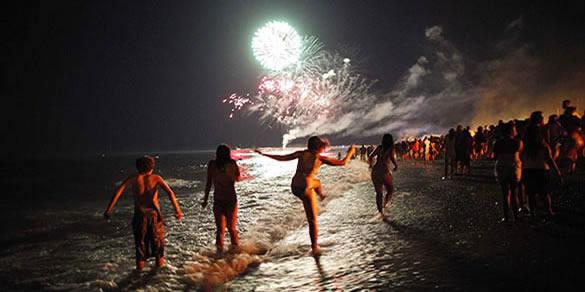 Bañarse durante la Noche de San Juan