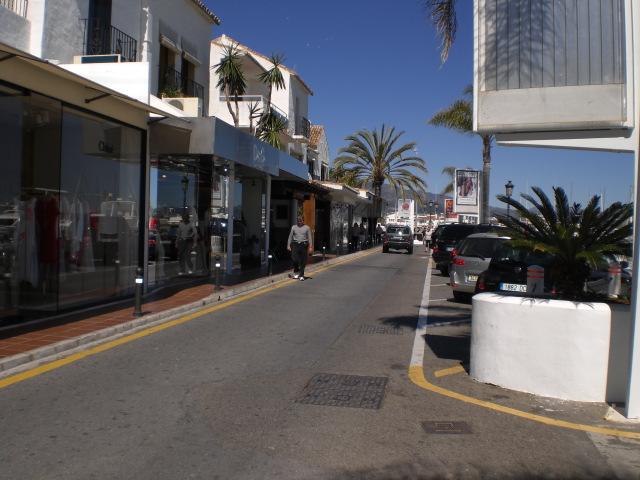 Puerto Banus shopping nº4