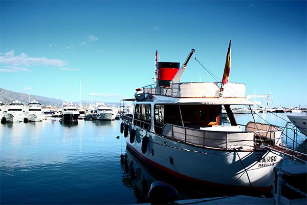 Puerto Banus yacht picture