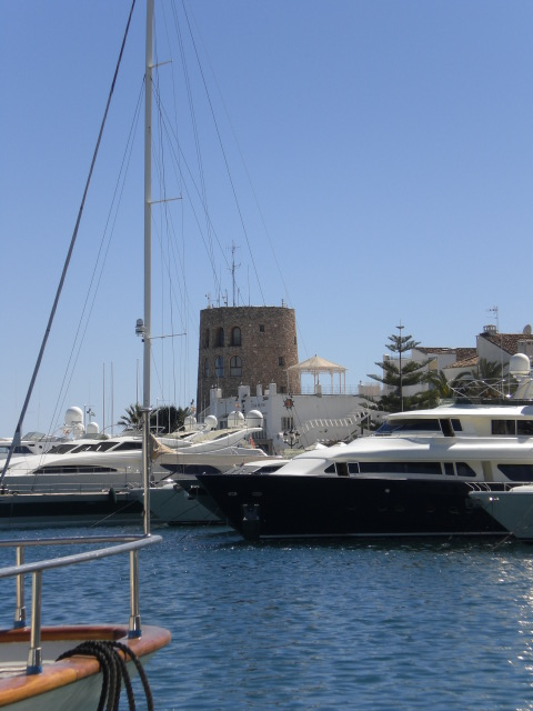 Puerto Banus yachts nº10