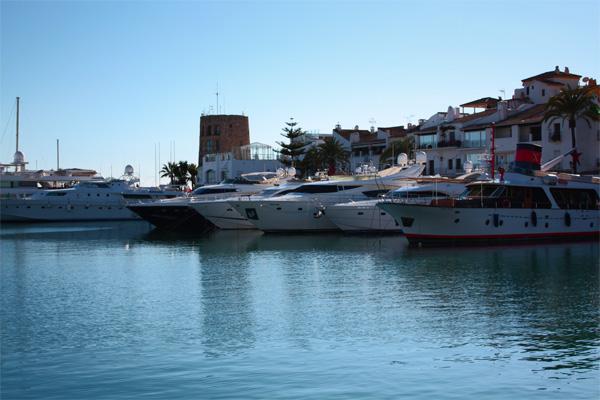 Puerto Banus yachts picture