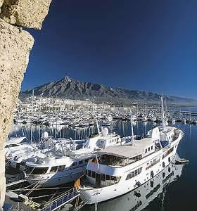 Banus and yachts - January 10, 2012