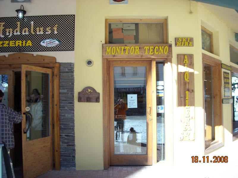 Sierra Nevada ski hire picture nº2