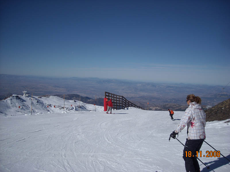 Sierra Nevada woman skiing