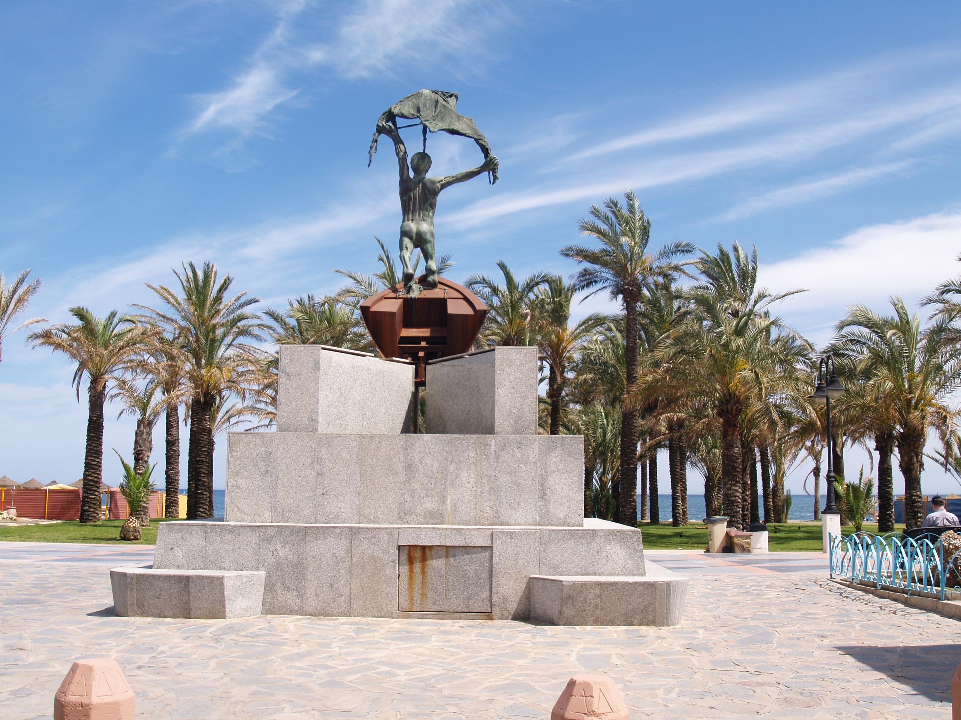 Monument in El Remo, Torremolinos