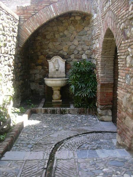 Alcazaba gardens 4