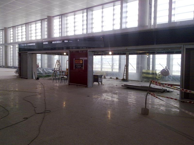 Malaga airport T3 interior 5
