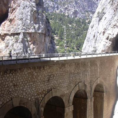 El Chorro Bridge Picture closeup - Photo 15