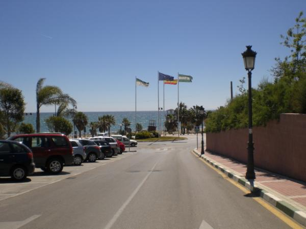 Estepona picture from the road