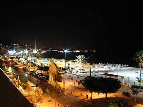 Promenade by night photo
