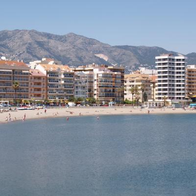 Fuengirola beach overview