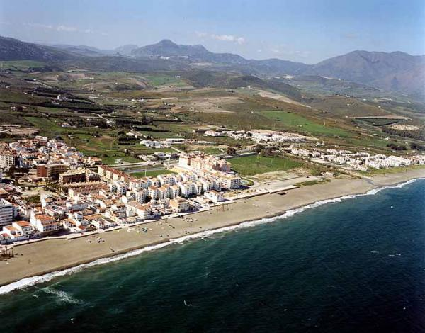 Sabinillas beach in Manilva