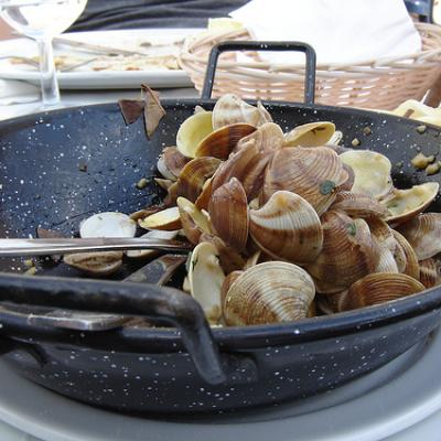 Clams in Manilva