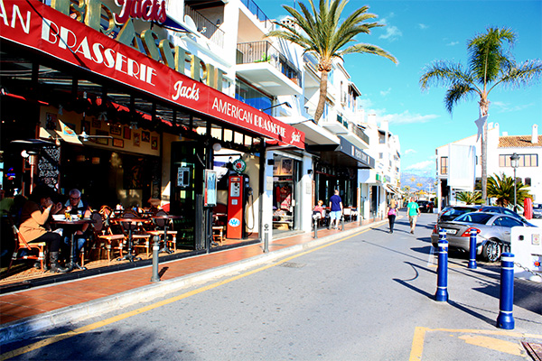 Main shops in Puerto Banus