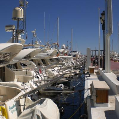 Puerto Banus boats picture