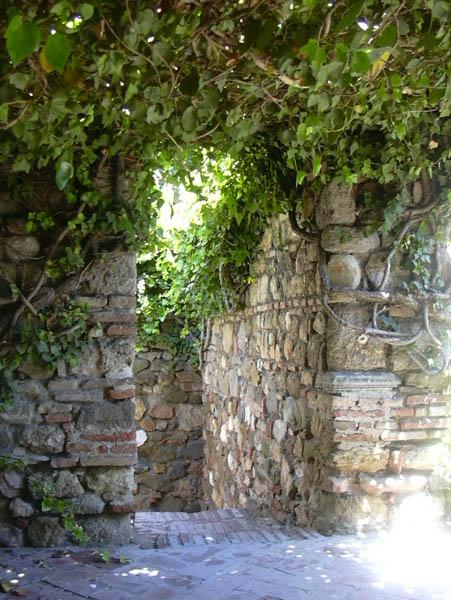 Alcazaba gardens 3