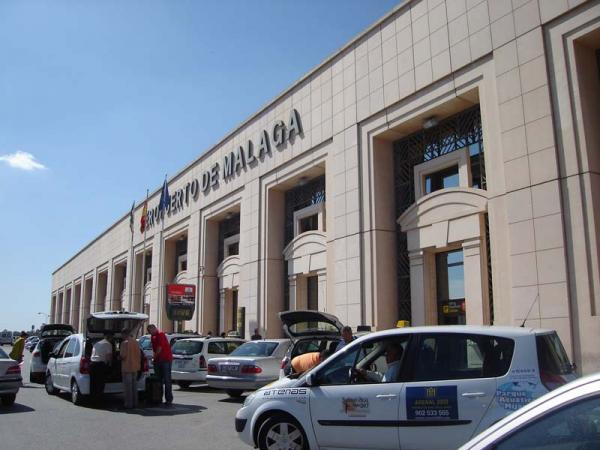 Malaga airport taxis