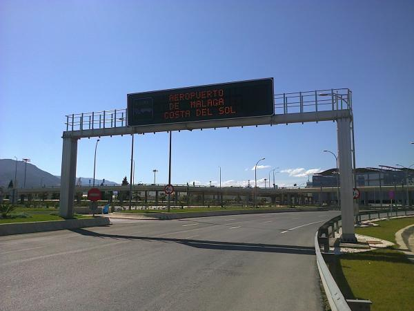 Malaga airport entrance by car