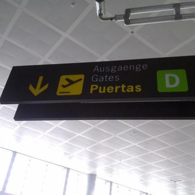 Malaga airport Gates Signal