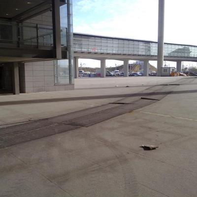 Malaga airport T3 exterior 2