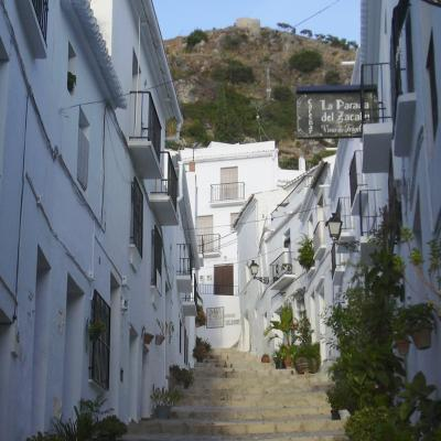 Frigiliana streets picture 10